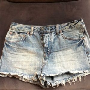 Free People Size 27 Light Wash Jean Shorts